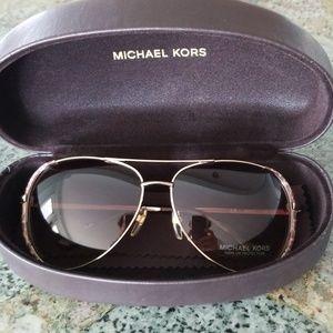 NIB Michael Kors Aviator Sunglasses with Case